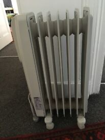 De Longhi 1.5KW oil filled radiator
