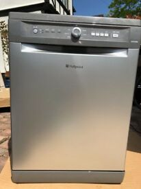 Hotpoint Futura Dishwasher Graphite (silver/grey) in good condition as hardly used