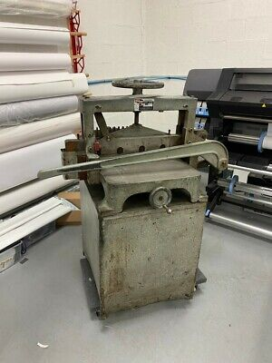 Manual Challenge Lever Paper Cutter On Stand