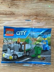 LEGO City Recycling set & Figure - NEW