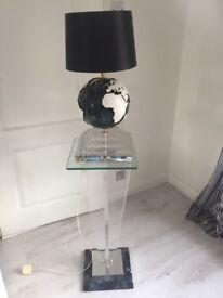 Globe light and plinth