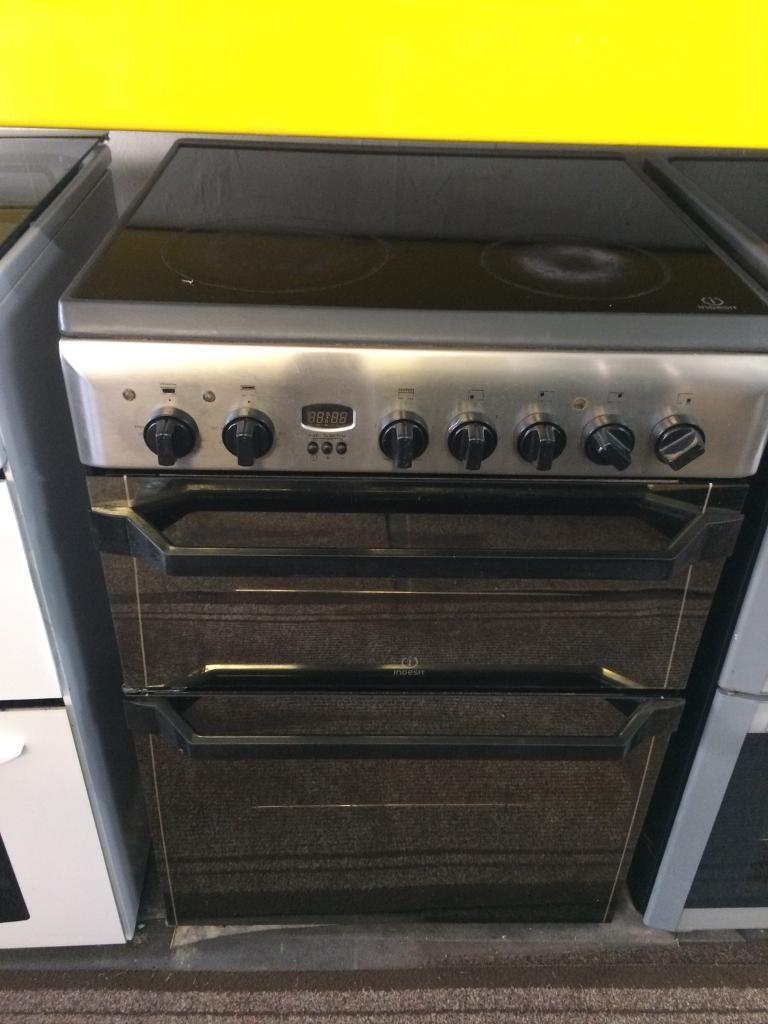 Stainless steel indesit 60cm ceramic hub electric cooker