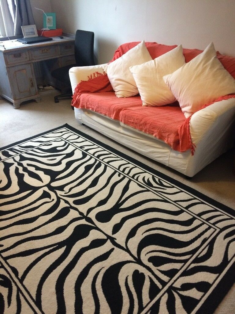 Zebra Print Carpet Good Condition 228 x 160cm £20 Collection Only Please