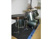 Pearl drum kit with practice pads, mat, etc... £500