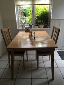 Attractive and useful Extendable table , 900 x 1400