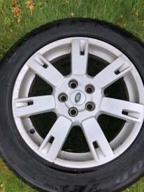 "19"" Discovery alloys x4"