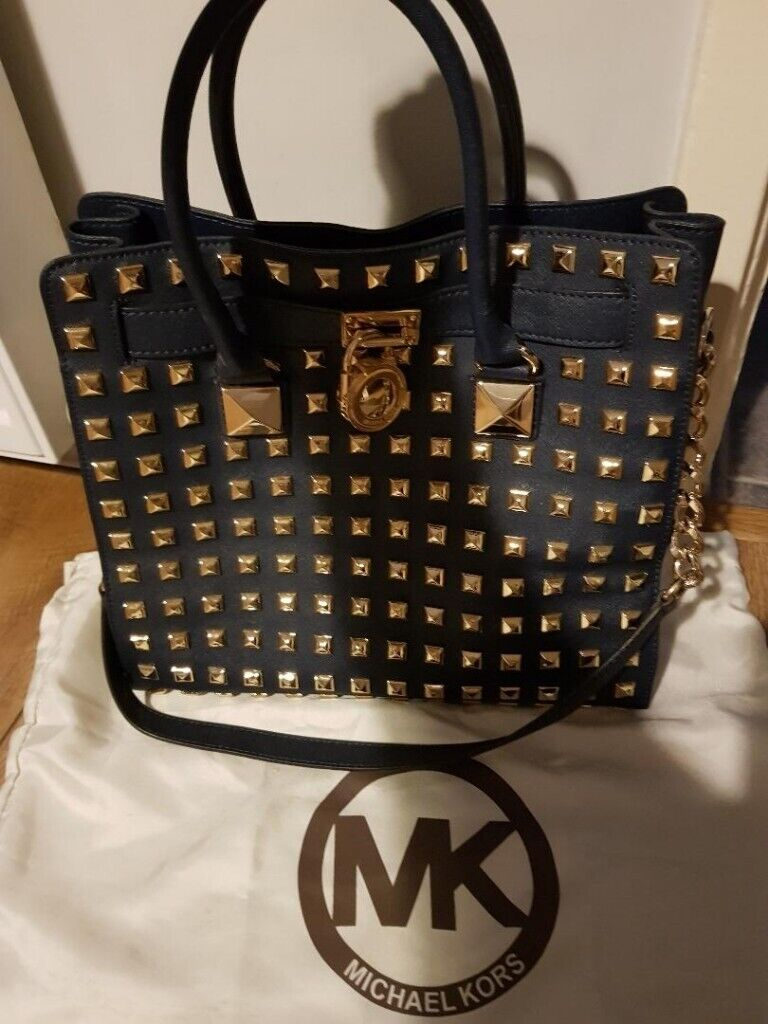 3f0f6c8e7395 navy blue gold studded Michael Kors bag in great condition