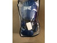 Kids boxing gloves Everfight used once, size 6oz