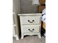 French style Chest of 5 drawers and bedside table