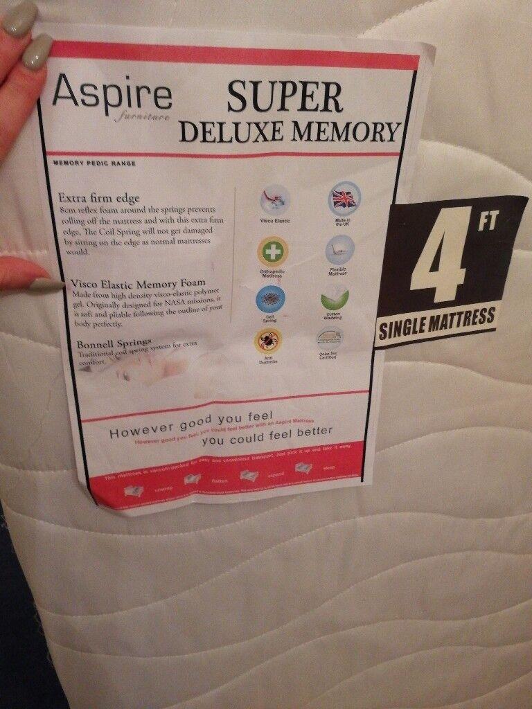 Brand new 4ft mattress