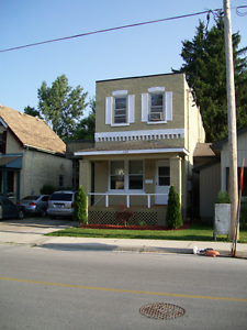 128 Briscoe Street - 2 Bedroom House for Rent London Ontario image 1
