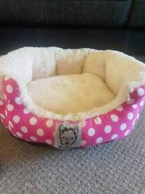 PINK&CREAM PET BED