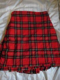 Kilt Royal Stewart tartan size 30-32 inch waist, 22 inch drop, Maker Duncan Chisholm Inverness