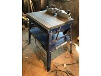 Trend T9 Router, Charnwood W015 Router Table and Accessories
