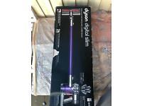 DYSON V6 Animal Cordless Vacuum Cleaner - Purple