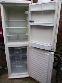 Fridge freezer, Bosch family size Fridge freezer in excellent condition