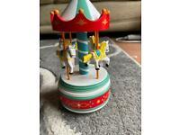 Small musical carousel