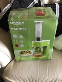 Silver crest vegetable cutter