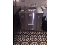 Reconditioned Charcoal tandoori oven for sale - Never used - FREE Bags of charcoal