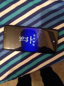 SAMSUNG GALAXY S8+ CHEAP!! LOCKED ON O2 CRACKS ON SCREEN AND SIDES MINT CONDITION!
