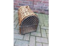 Small dog / cat carrier wicker