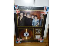 One Direction framed picture / gold disc, perfect cond