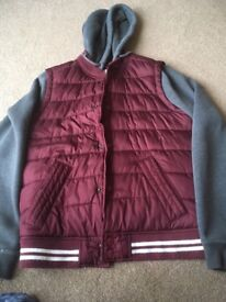 Men's Holister Jacket size large exellent condition, from a smoke free home collection only