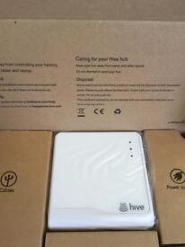 Hive hub and 2 light bulbs BRAND NEW