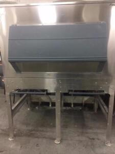 Follett 1350 SG Ice Storage and Transport System