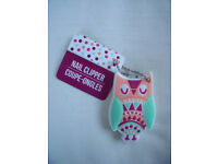 NEW owl nail clippers with handy chain to attach to handbag, etc. Excellent condition, un-used.