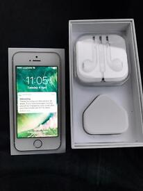 IPhone 5s 16gb White & Gold Unlocked (PERFECT)