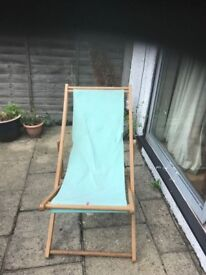 Relaxing garden chair