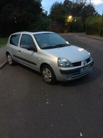 2004 04 Renault Clio 1.2 Expression in silver 3dr hatch **not Corsa, fiesta, ka, Polo, 206**