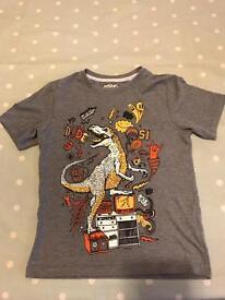 Tu Dinosaur T-shirt.