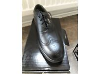 New Mens size 10 golf shoes