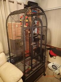 parrot cage /bird cage lovely cage ideal for all birds on wheels