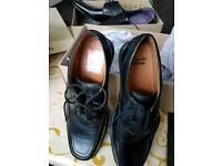Size 8.5 Clarks Mens Shoes