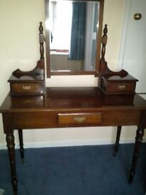 Solid Wood antique dressing table