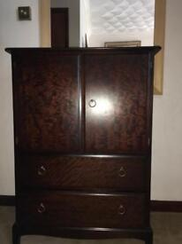 Stag Mahogany Matching Bedroom Furniture