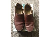 Clarks tan leather size 7 recline free cost £65 .. work mens smart