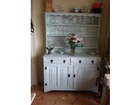 French dresser/French style table
