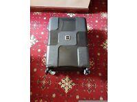 Tripp World 4-Wheel Medium Suitcase Black II