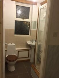 Large Spacious Rooms - Lovely House – *Free High Speed Wifi* - Price Inclusive Of All Bills