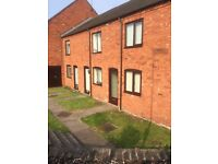 2 bed house, town centre location