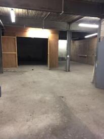 Warehouse Industrial Commercial Unit To Let/Rent Only 1 min from M61 approx 1900 sq ft No Rates