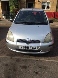 Toyota Yaris 2001 £475 ovno