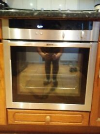 Single Electric Fan Oven and Gas 4 ring Hob