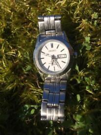 Seiko sapphire 100m water resistant watch