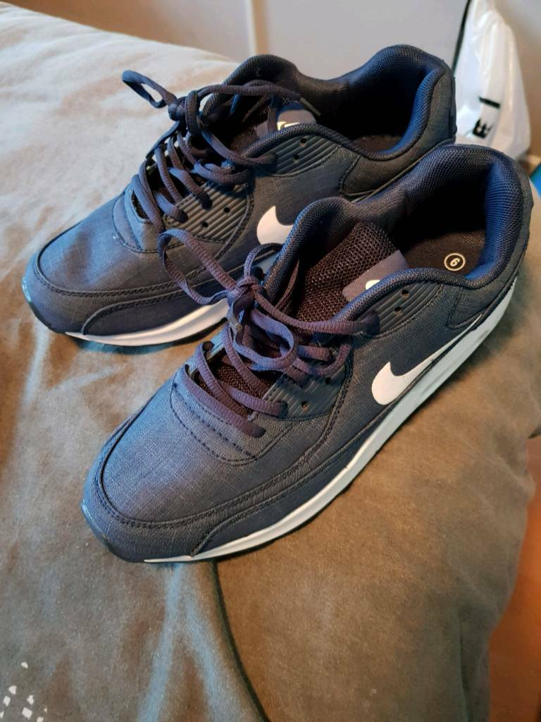 Blue Nike Trainers Size 9 Never Worn