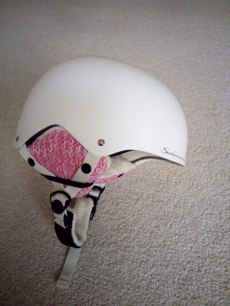 Salomon female white ski helmets s/m 55-58cm and xxs/xs 51-55cm
